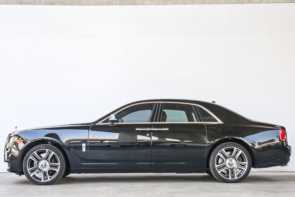 Pre-Owned 2017 Rolls-Royce Ghost BASE